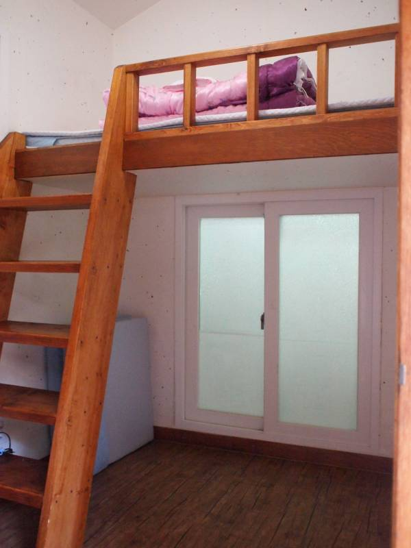 Korean Style Single Room with Private Bathroom
