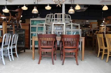 photo by Deco Demode Vintage Furniture Store